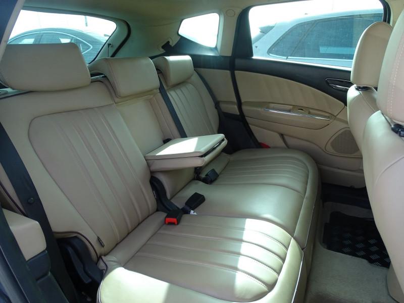 Photo 8 de l'offre de LANCIA DELTA 2.0 MULTIJET 165 16V DPF PLATINO à 7490€ chez International Auto Auneau