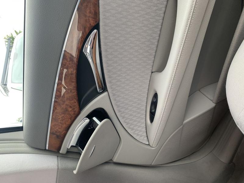 Photo 14 de l'offre de MERCEDES-BENZ CLASSE E (W211) 270 CDI ELEGANCE BV6 à 7990€ chez International Auto Auneau