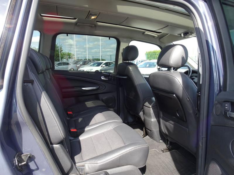 Photo 7 de l'offre de FORD GALAXY 2.2 TDCI 200CH FAP TITANIUM BVA à 12790€ chez International Auto Auneau