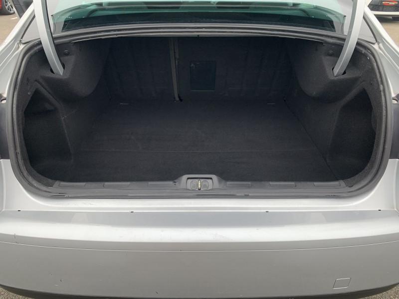 Photo 12 de l'offre de CITROEN C5 2.0 16V CONFORT BAA à 8990€ chez International Auto Auneau