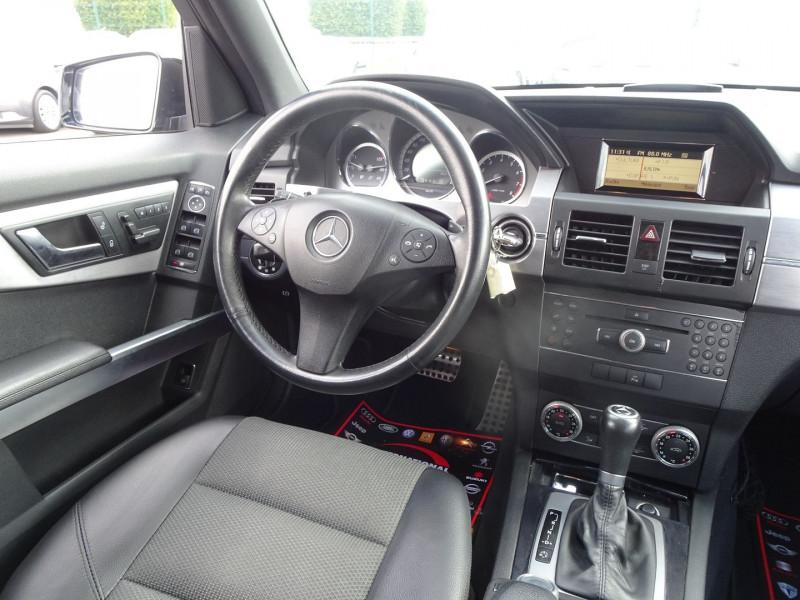 Photo 16 de l'offre de MERCEDES-BENZ CLASSE GLK (X204) 280 PACK SPORT 4 MATIC à 13490€ chez International Auto Auneau