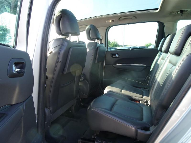 Photo 6 de l'offre de PEUGEOT 5008 1.6 HDI FAP PREMIUM PACK 7PL à 8790€ chez International Auto Auneau
