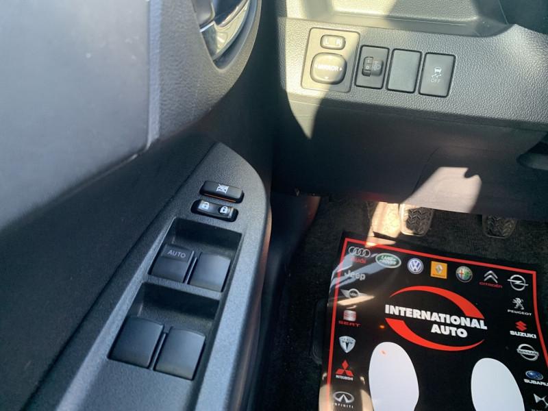 Photo 10 de l'offre de TOYOTA VERSO-S 100 VVT-I LOUNGE à 7990€ chez International Auto Auneau