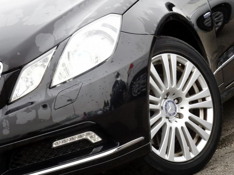 Photo 3 de l'offre de MERCEDES-BENZ CLASSE E COUPE (C207) 350 CDI EXECUTIVE BE BA à 15890€ chez International Auto Auneau