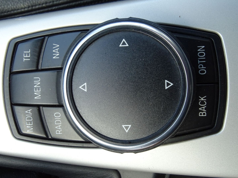 Photo 11 de l'offre de BMW SERIE 3 (F30) 320D 163CH EFFICIENTDYNAMICS EDITION LOUNGE à 14990€ chez International Auto Auneau