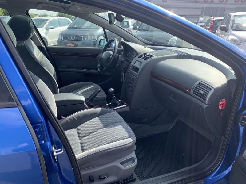Photo 6 de l'offre de PEUGEOT 407 SW 2.0 HDI136 EXECUTIVE PACK à 4590€ chez International Auto Auneau