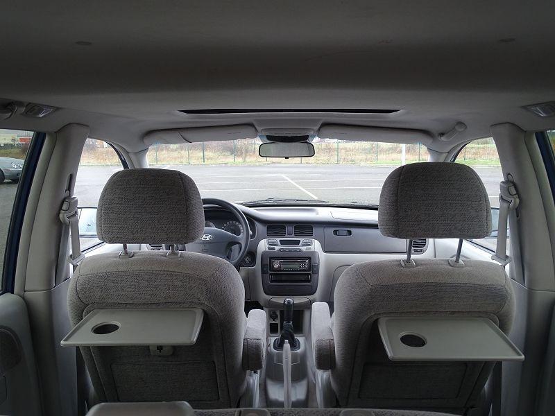Photo 10 de l'offre de HYUNDAI TRAJET 2.0 CRDI PACK CONFORT à 4290€ chez International Auto Auneau