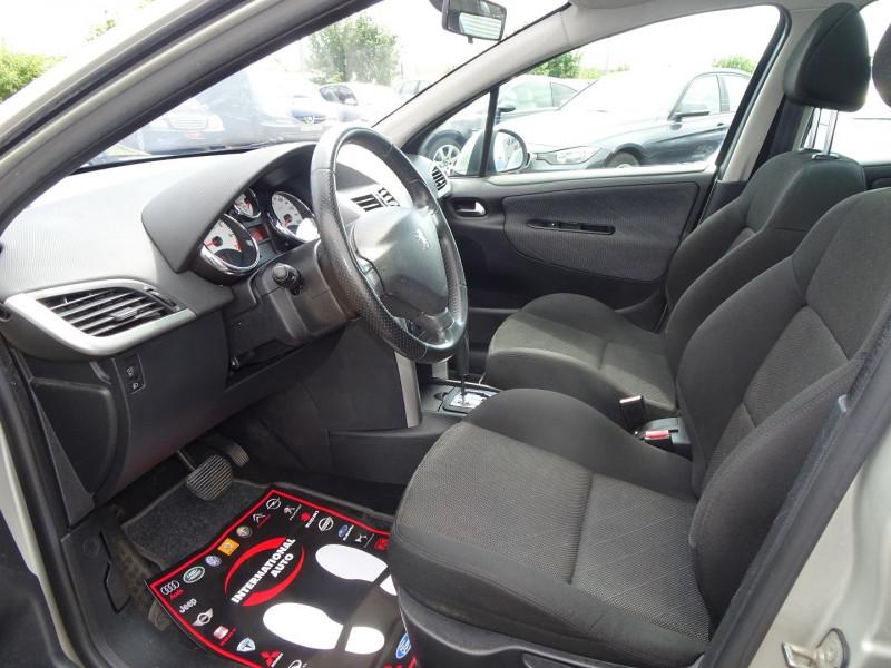 Photo 3 de l'offre de PEUGEOT 207 SW 1.6 VTI 16V PREMIUM BA à 5990€ chez International Auto Auneau