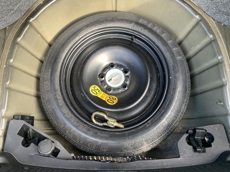 Photo 19 de l'offre de JAGUAR X-TYPE 3.0 V6 EXECUTIVE à 8790€ chez International Auto Auneau