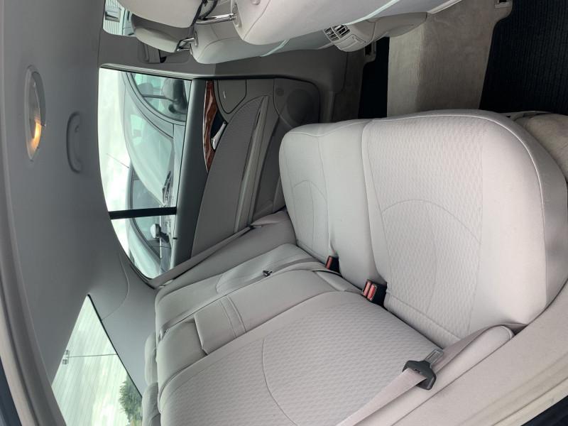 Photo 11 de l'offre de MERCEDES-BENZ CLASSE E (W211) 270 CDI ELEGANCE BV6 à 7990€ chez International Auto Auneau