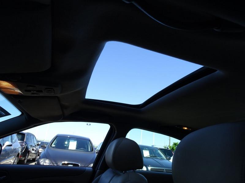 Photo 14 de l'offre de JAGUAR S-TYPE 3.0 V6 PACK SPORT BA à 7490€ chez International Auto Auneau