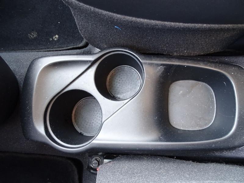 Photo 12 de l'offre de HYUNDAI I10 1.2 PACK à 3990€ chez International Auto Auneau