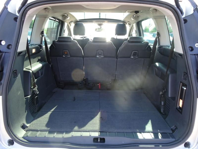 Photo 10 de l'offre de PEUGEOT 5008 1.6 HDI FAP PREMIUM PACK 7PL à 8790€ chez International Auto Auneau