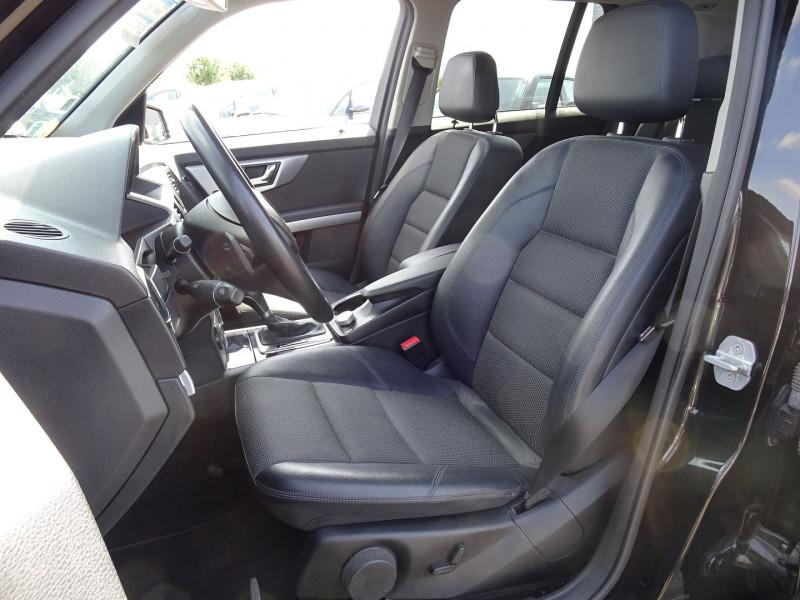 Photo 6 de l'offre de MERCEDES-BENZ CLASSE GLK (X204) 320 CDI 4 MATIC à 13990€ chez International Auto Auneau
