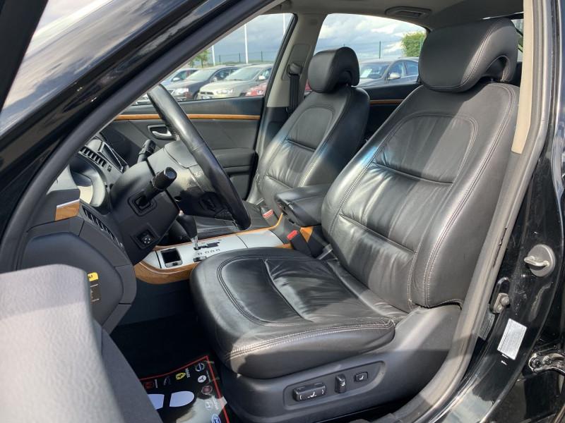 Photo 5 de l'offre de HYUNDAI AZERA 2.2 CRDI155 PACK PREMIUM à 7790€ chez International Auto Auneau