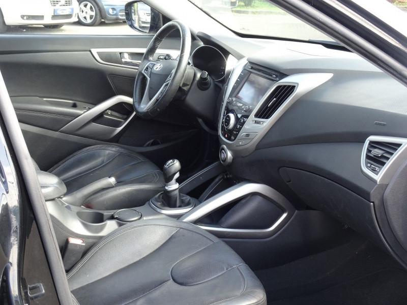 Photo 7 de l'offre de HYUNDAI VELOSTER 1.6 GDI PACK PREMIUM à 10390€ chez International Auto Auneau