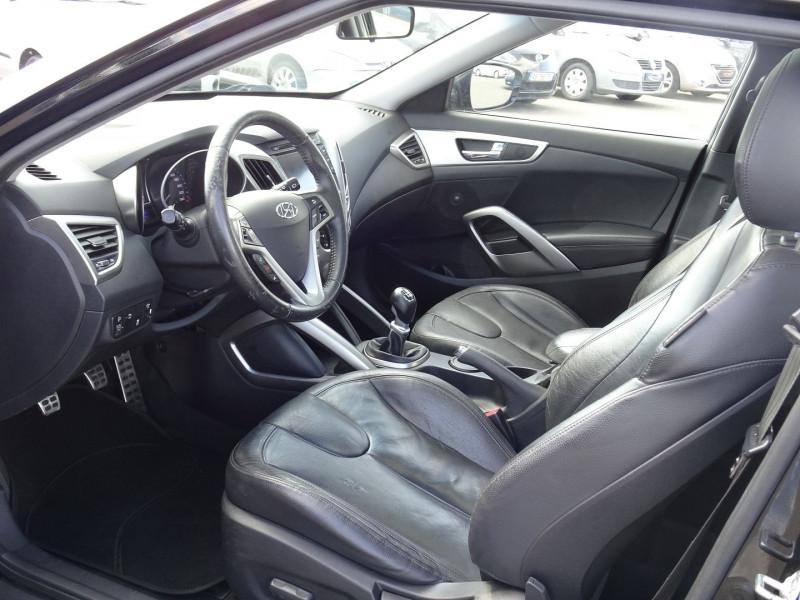 Photo 5 de l'offre de HYUNDAI VELOSTER 1.6 GDI PACK PREMIUM à 10390€ chez International Auto Auneau
