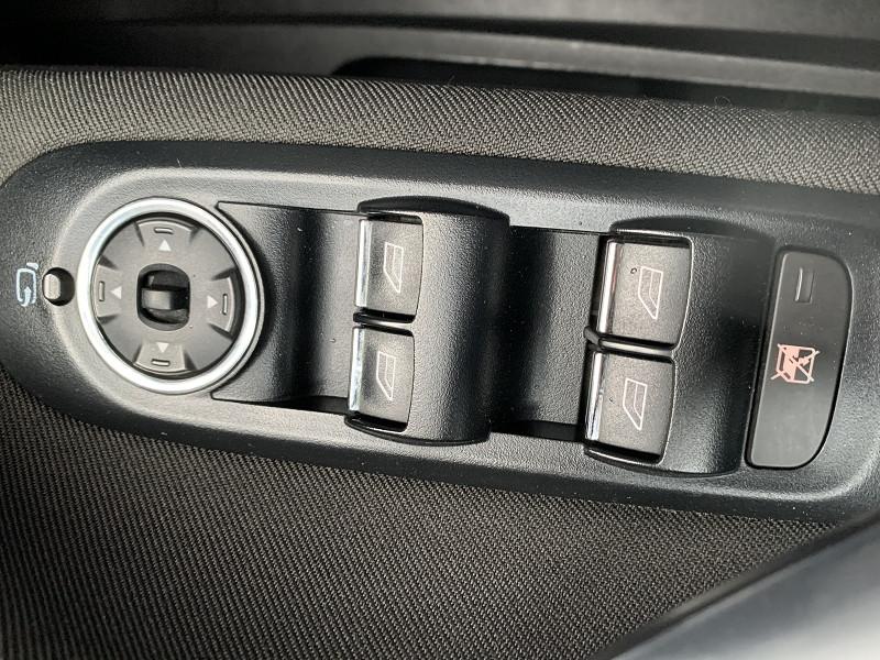 Photo 7 de l'offre de FORD MONDEO 1.8 TDCI 125CH TITANIUM 5P à 6790€ chez International Auto Auneau