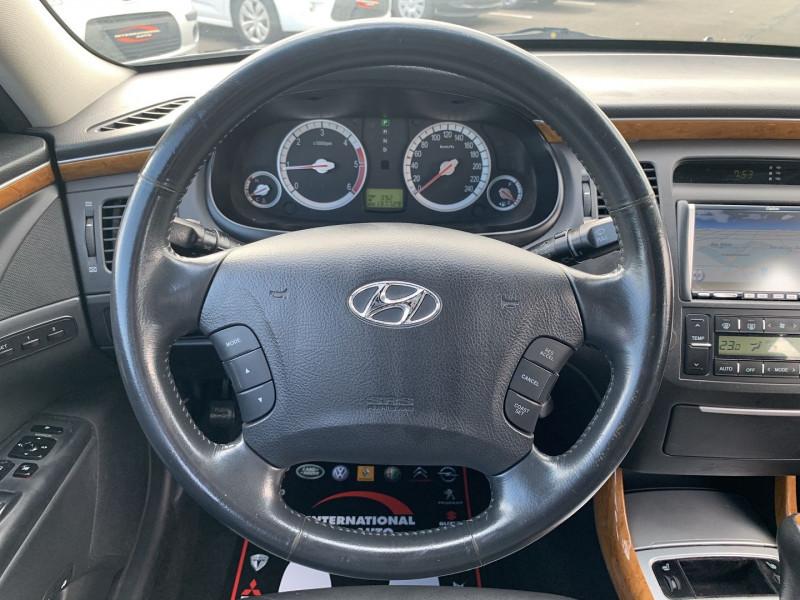 Photo 11 de l'offre de HYUNDAI AZERA 2.2 CRDI155 PACK PREMIUM à 7790€ chez International Auto Auneau
