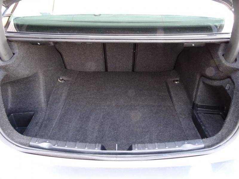 Photo 18 de l'offre de BMW SERIE 3 (F30) 320D 163CH EFFICIENTDYNAMICS EDITION LOUNGE à 14990€ chez International Auto Auneau