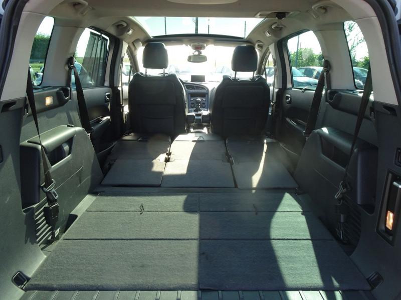 Photo 11 de l'offre de PEUGEOT 5008 1.6 HDI FAP PREMIUM PACK 7PL à 8790€ chez International Auto Auneau