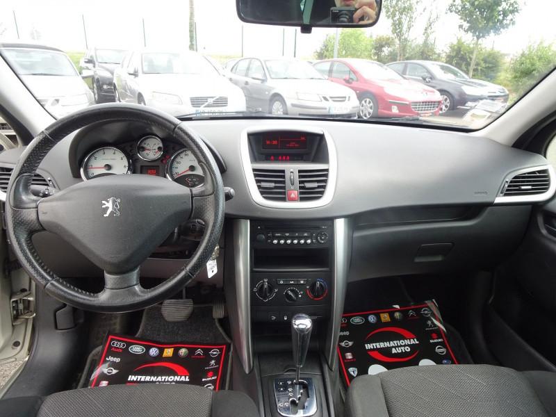Photo 4 de l'offre de PEUGEOT 207 SW 1.6 VTI 16V PREMIUM BA à 5990€ chez International Auto Auneau