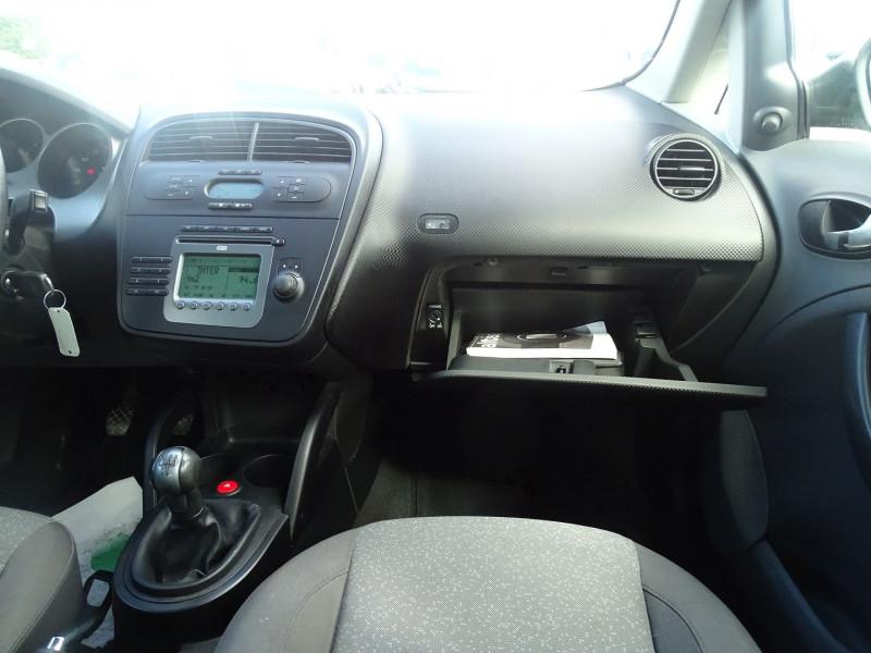 Photo 11 de l'offre de SEAT ALTEA 1.6 REFERENCE à 5290€ chez International Auto Auneau