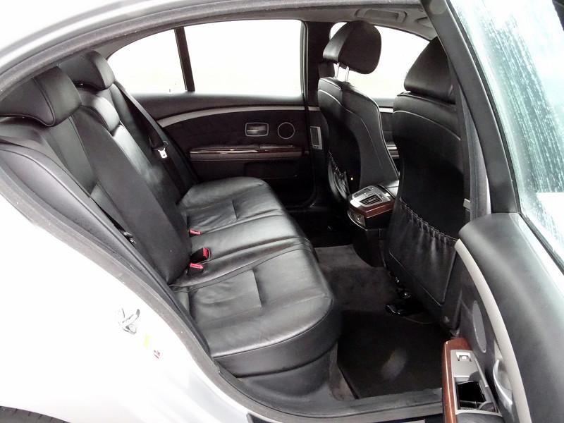 Photo 13 de l'offre de BMW SERIE 7 (E65) 745IA 333CH à 4990€ chez International Auto Auneau