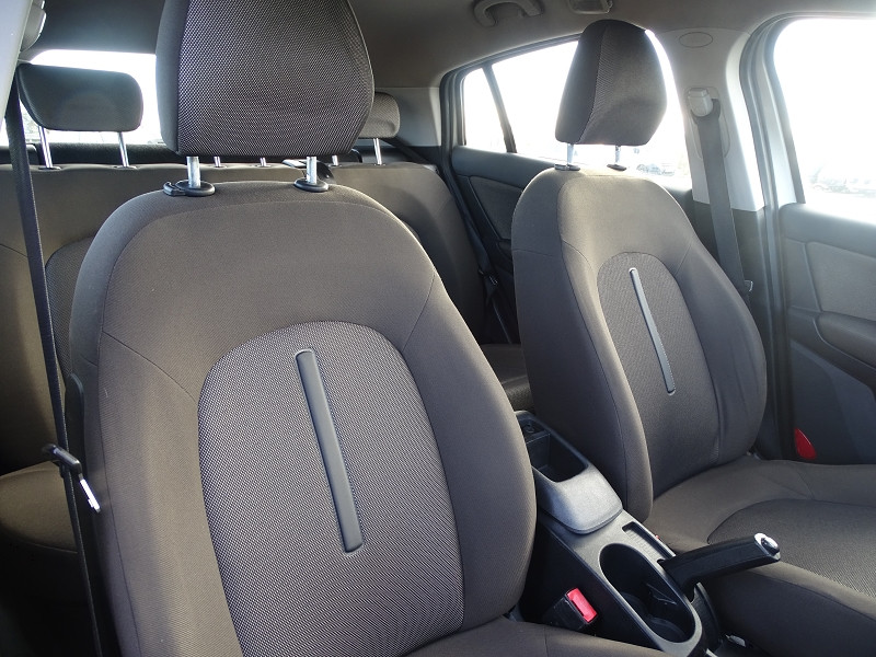 Photo 12 de l'offre de FIAT BRAVO 1.9 MULTIJET 8V 120CH DYNAMIC à 4990€ chez International Auto Auneau