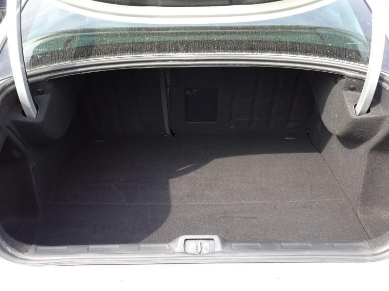 Photo 14 de l'offre de CITROEN C5 2.0 16V CONFORT BAA à 8990€ chez International Auto Auneau