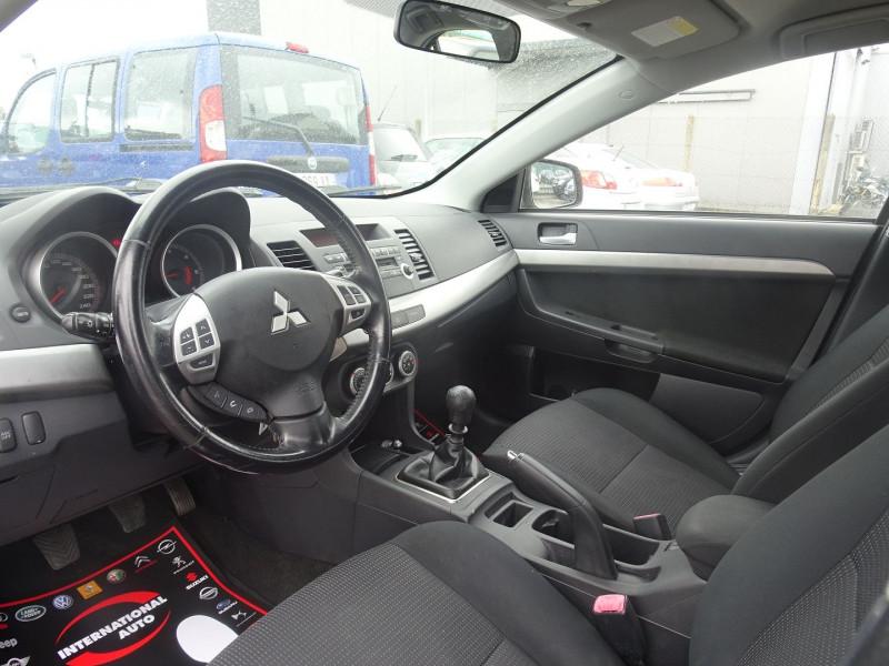 Photo 3 de l'offre de MITSUBISHI LANCER 2.0 DI-D INTENSE 4P à 7490€ chez International Auto Auneau