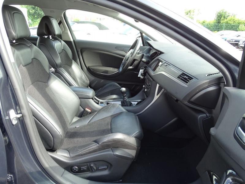 Photo 15 de l'offre de CITROEN C5 2.2 HDI173 FAP EXCLUSIVE à 8690€ chez International Auto Auneau