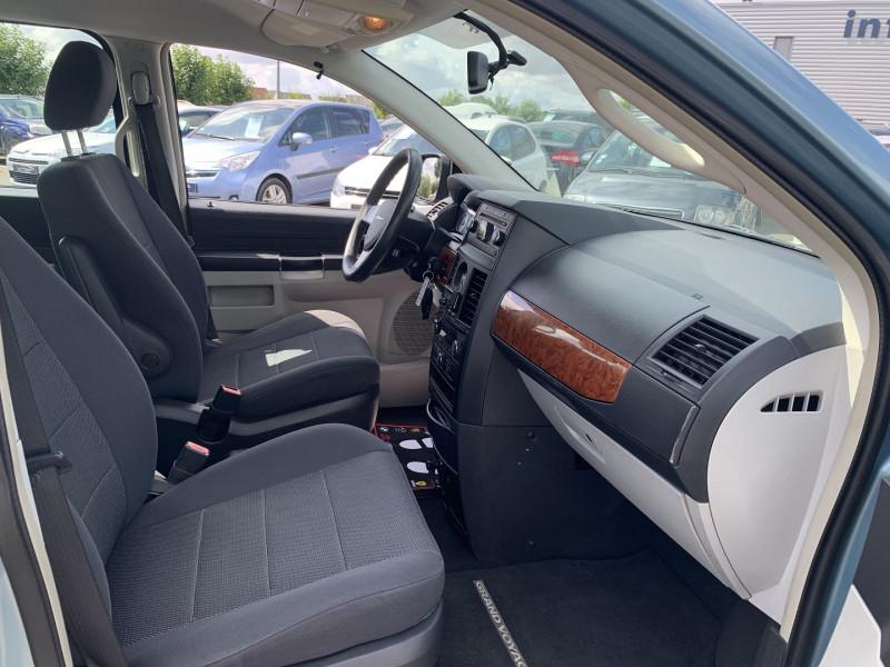 Photo 5 de l'offre de CHRYSLER GRAND VOYAGER 2.8 CRD LX BA à 10890€ chez International Auto Auneau