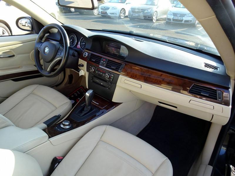 Photo 18 de l'offre de BMW SERIE 3 COUPE (E92) 325IA 218CH LUXE à 11890€ chez International Auto Auneau