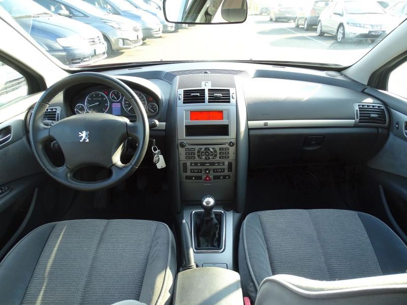 Photo 10 de l'offre de PEUGEOT 407 1.8 16V 125CH EXECUTIVE à 5490€ chez International Auto Auneau