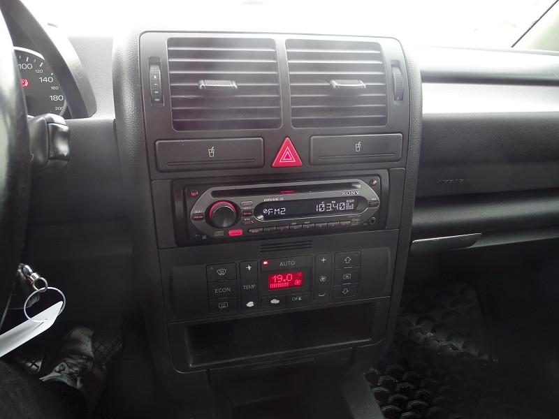Photo 10 de l'offre de AUDI A2 1.4 TDI 90CH PACK à 5590€ chez International Auto Auneau