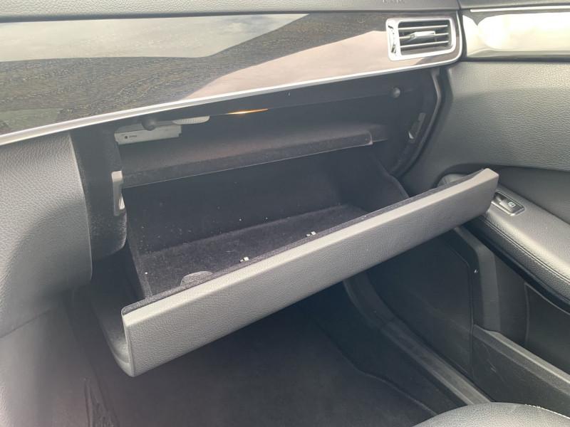 Photo 16 de l'offre de MERCEDES-BENZ CLASSE E (W212) 200 BLUETEC EXECUTIVE 7G-TRONIC PLUS à 16990€ chez International Auto Auneau