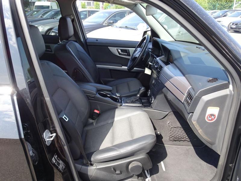 Photo 11 de l'offre de MERCEDES-BENZ CLASSE GLK (X204) 320 CDI 4 MATIC à 13990€ chez International Auto Auneau