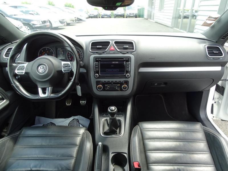 Photo 3 de l'offre de VOLKSWAGEN SCIROCCO 2.0 TDI 140CH FAP CARAT à 11490€ chez International Auto Auneau