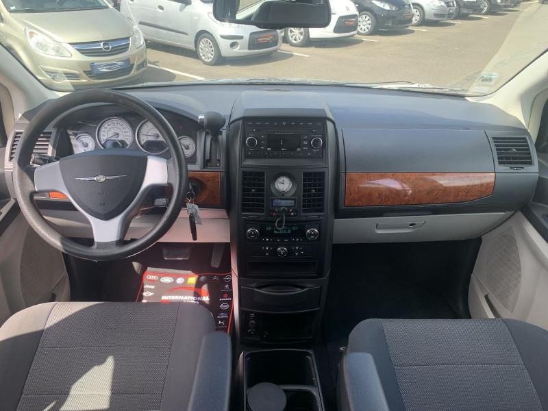 Photo 7 de l'offre de CHRYSLER GRAND VOYAGER 2.8 CRD LX BA à 10890€ chez International Auto Auneau