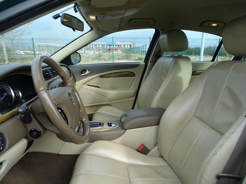 Photo 4 de l'offre de JAGUAR S-TYPE 2.7D BI-TURBO CLASSIQUE BA à 7890€ chez International Auto Auneau