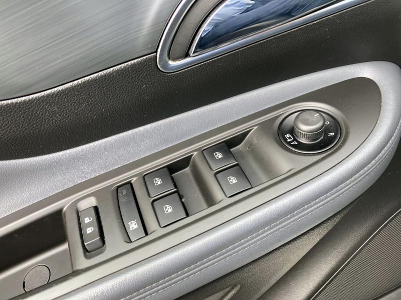 Photo 19 de l'offre de OPEL MOKKA 1.7 CDTI 130CH COSMO ECOFLEX START&STOP 4X4 à 9990€ chez International Auto Auneau