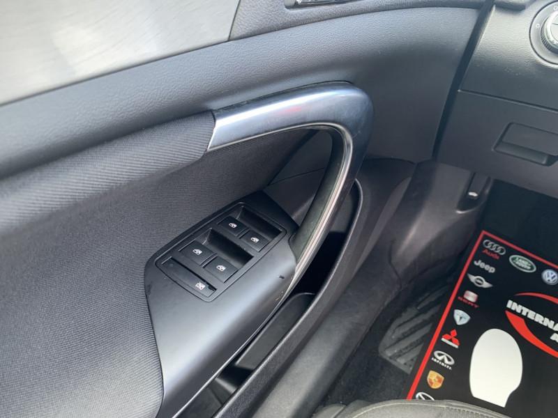 Photo 14 de l'offre de OPEL INSIGNIA 2.0 CDTI160 FAP COSMO 5P à 8890€ chez International Auto Auneau