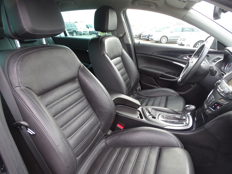 Photo 12 de l'offre de OPEL INSIGNIA SP TOURER 2.0 CDTI 163CH COSMO PACK AUTO à 11590€ chez International Auto Auneau