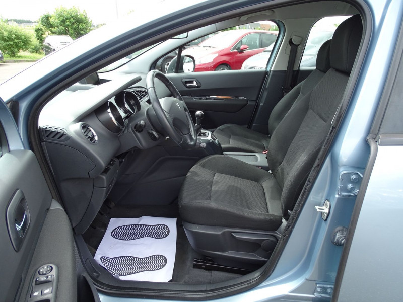 Photo 3 de l'offre de PEUGEOT 5008 1.6 VTI 16V CONFORT PACK 5PL à 5990€ chez International Auto Auneau