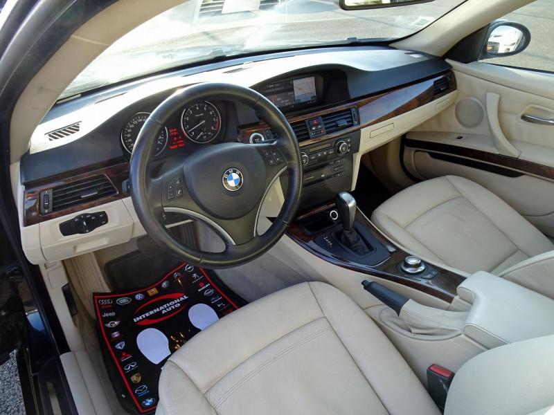 Photo 7 de l'offre de BMW SERIE 3 COUPE (E92) 325IA 218CH LUXE à 11890€ chez International Auto Auneau