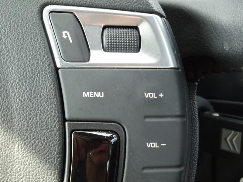 Photo 19 de l'offre de CITROEN C5 2.0 16V CONFORT BAA à 8990€ chez International Auto Auneau