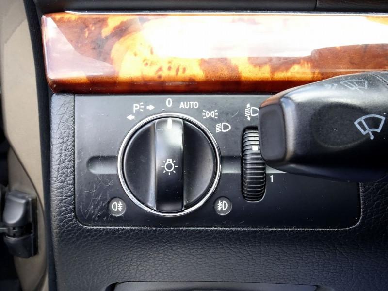 Photo 5 de l'offre de MERCEDES-BENZ CLASSE E BREAK (S211) 200 CDI ELEGANCE OPTIMUM BA à 10990€ chez International Auto Auneau