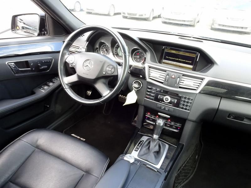 Photo 18 de l'offre de MERCEDES-BENZ CLASSE E BREAK (S212) 220 CDI BE AVANTGARDE EXECUTIVE BA à 14890€ chez International Auto Auneau