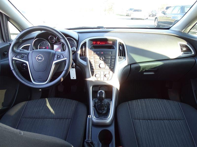 Photo 11 de l'offre de OPEL ASTRA 1.7 CDTI110 FAP BLACK & WHITE à 7890€ chez International Auto Auneau